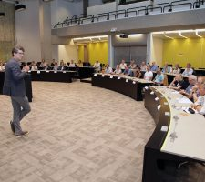 Seminar – Business2Community   2015